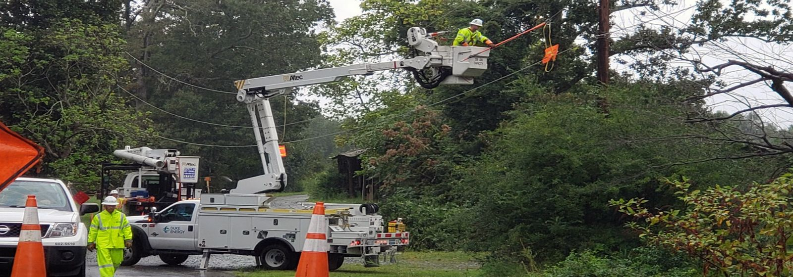 Thousands work to restore power after Hurricane Florence