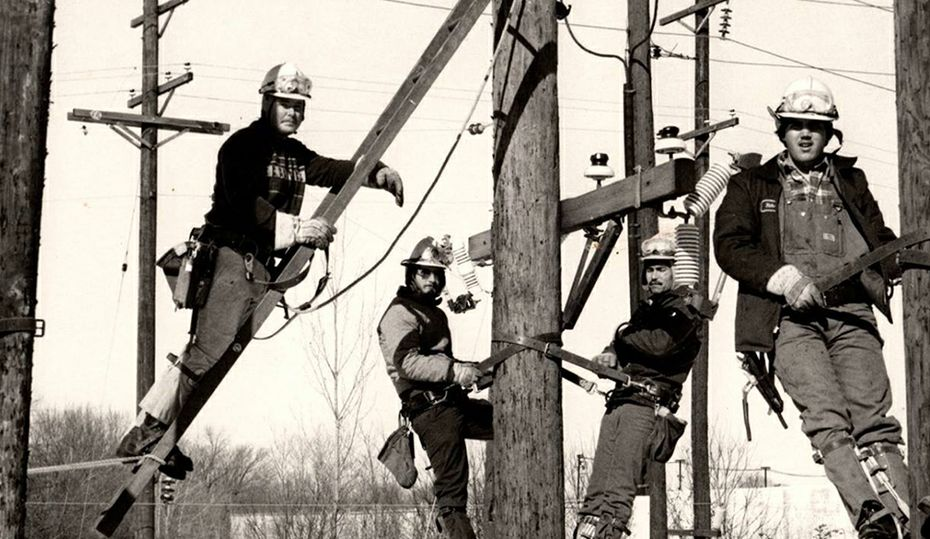 Retro photos: From the power plant to the power lines