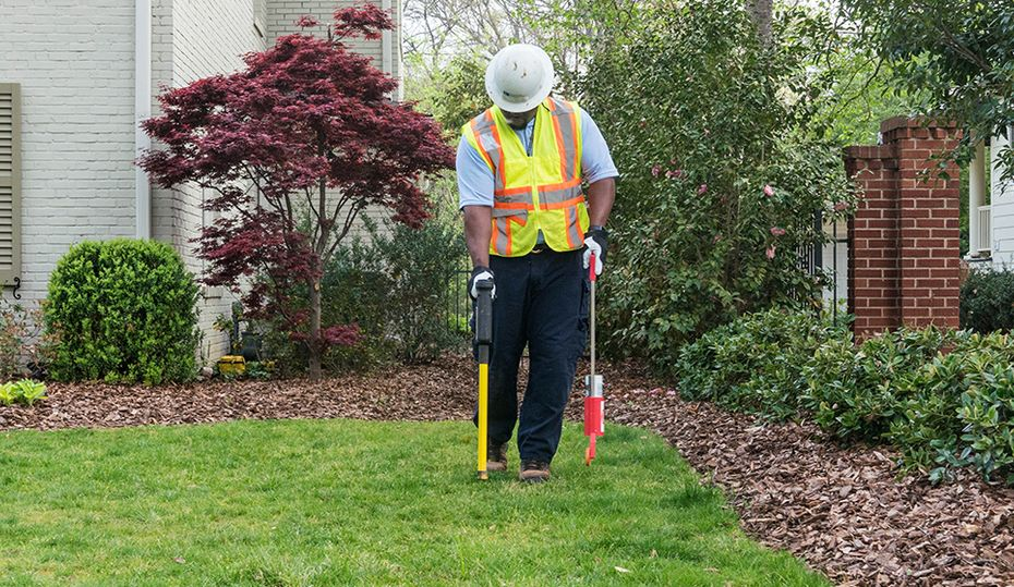 Dig safely: call the free 811 service