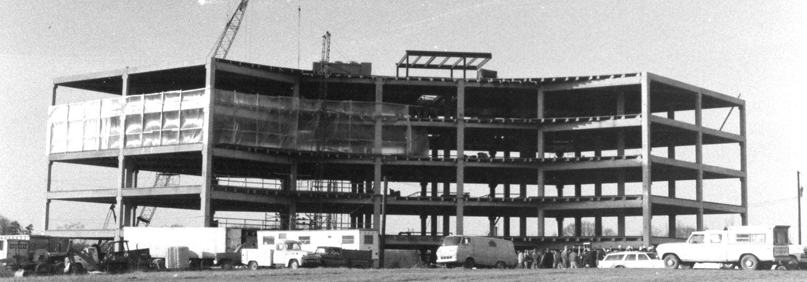 Retro photos: Piedmont Natural Gas HQ under construction?