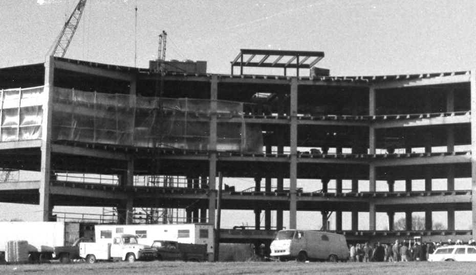 Retro photos: Piedmont Natural Gas HQ under construction?