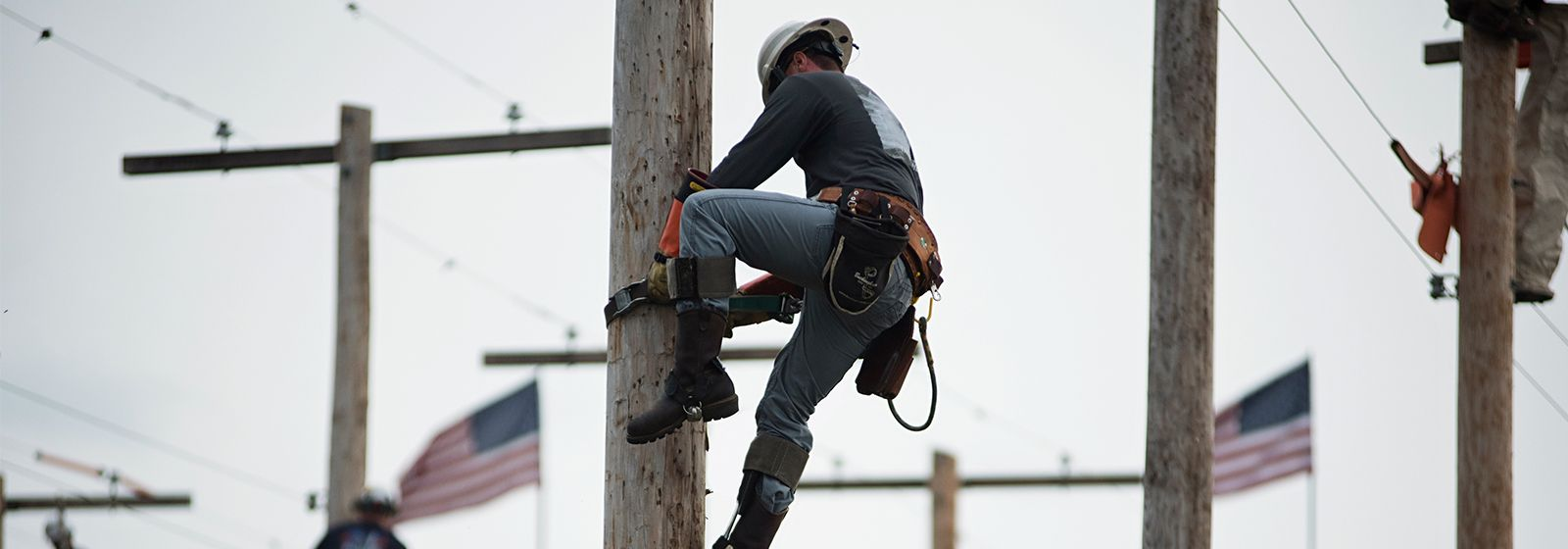 Learn how to rodeo with these lineworkers