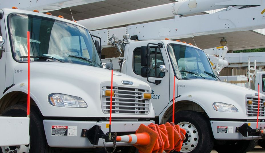 Duke Energy crews ready to respond to power outages as Isaias nears Carolinas