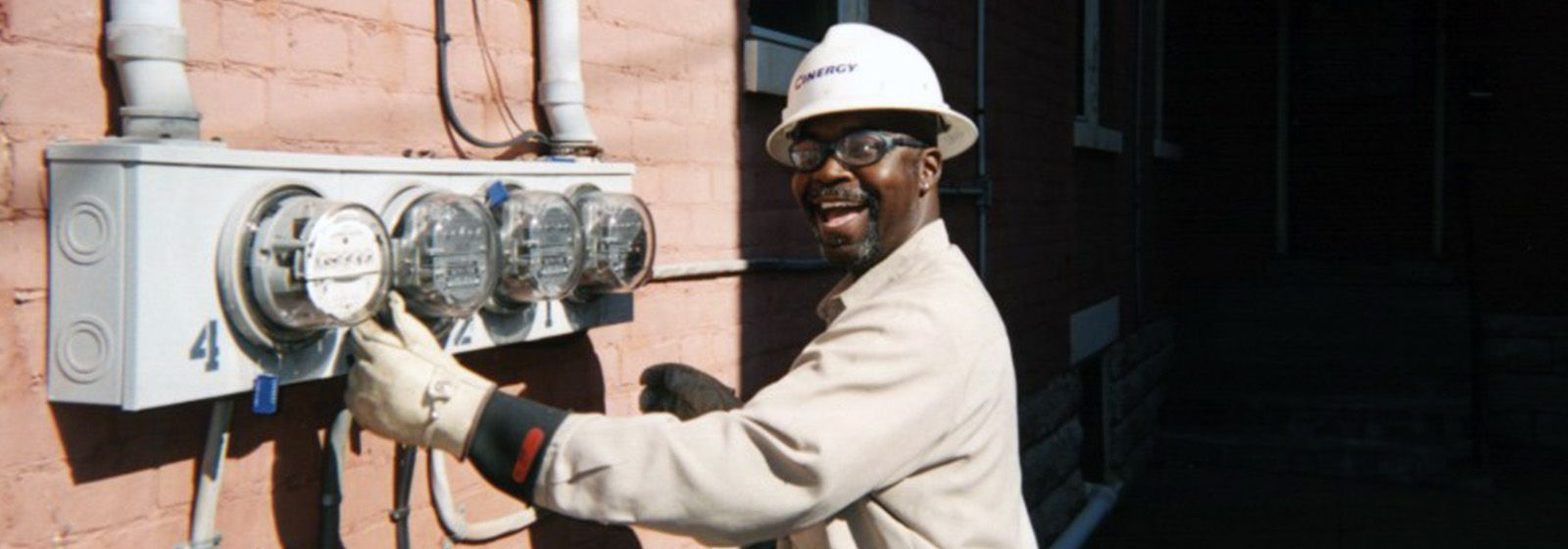Retro photos: The meter man is all smiles