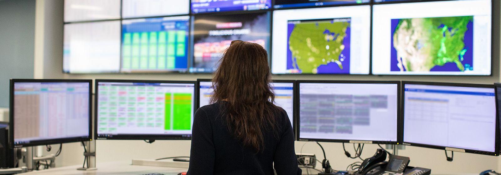 Look inside Duke Energy's Renewable Control Center