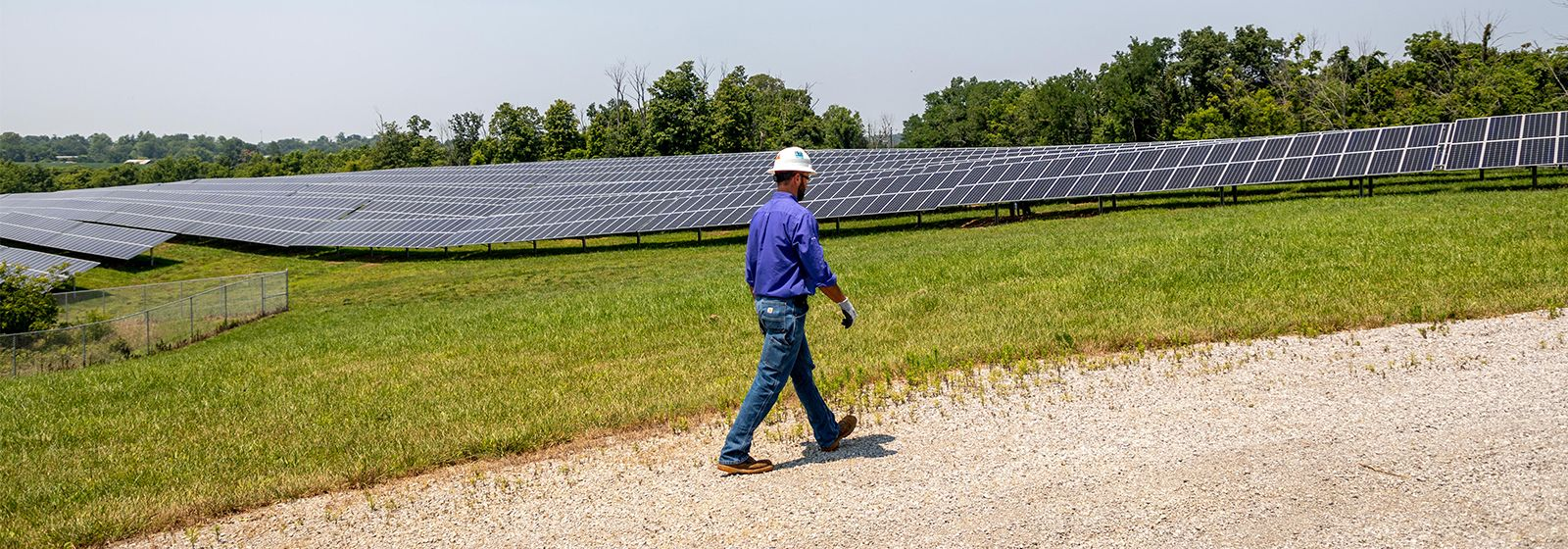 Power plant workers embrace change as industry adds renewable energy