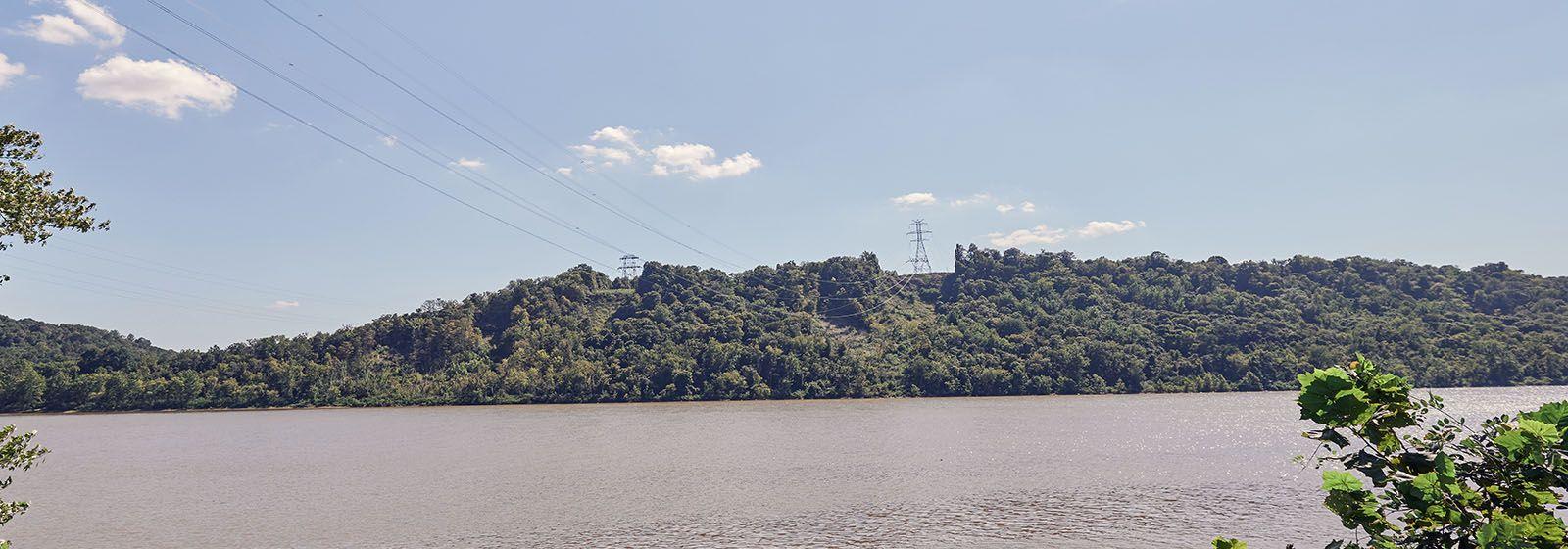 How Duke Energy rebuilt major transmission lines across the Ohio River