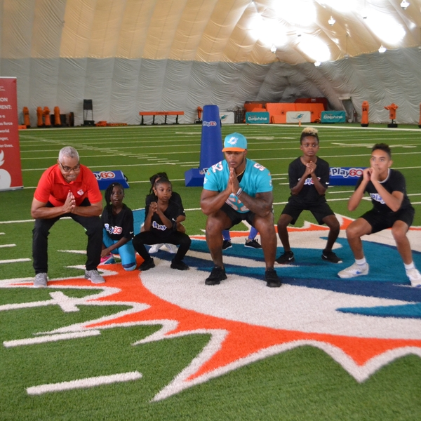 NFL Play 60 squat exercise