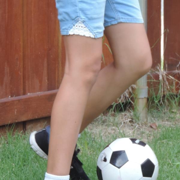 Soccer+kick+V
