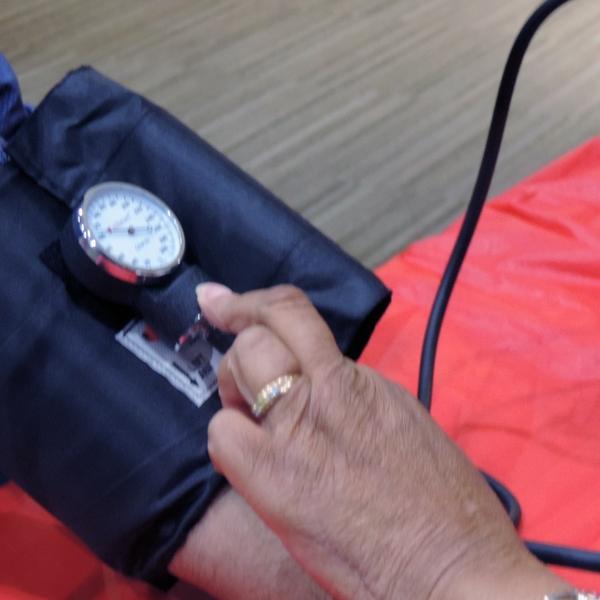 blood+pressure+check+-+man