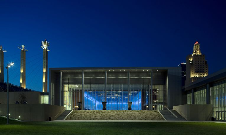 KANSAS CITY CONVENTION CENTER GRAND BALLROOM, NIGHT