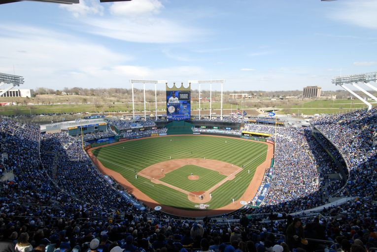 KANSAS CITY ROYALS, KAUFFMAN STADIUM