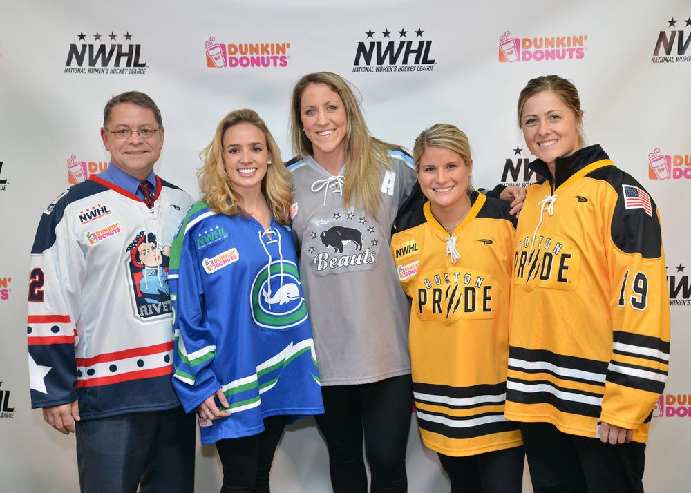 DUNKIN' DONUTS SCORES FIRST CORPORATE SPONSORSHIP  WITH NATIONAL WOMEN'S HOCKEY LEAGUE
