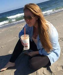 Meet Our BranDD AmbassaDDor: Taylor from University of Rhode Island!