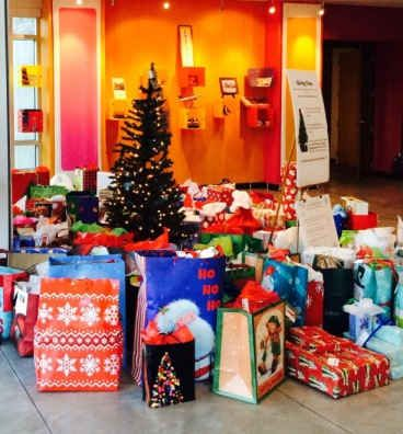 Dunkin' Brands Employees Help Make the Season Bright for Local Communities