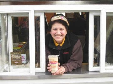 Dunkin' Customers Pay it Forward by Paying for Strangers' Orders