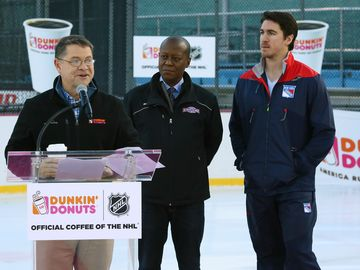 Dunkin' Donuts Is Now the Official U.S. Coffee, Donut and Breakfast Sandwich of the NHL