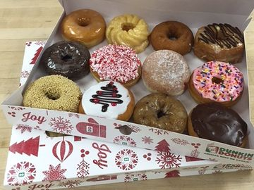 Choosing the Perfect Dozen for Your Holiday Party