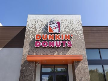 Dunkin' Donuts Opens 12,000th Restaurant Worldwide in Riverside, California
