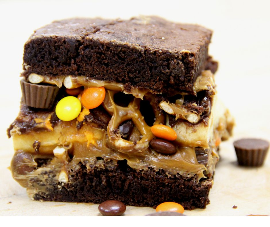 Dunkin's Chef Jeff And REESE'S® Chef Darren Present: The REESE'S® Peanut Butter Square and Caramel Brownie Sandwich