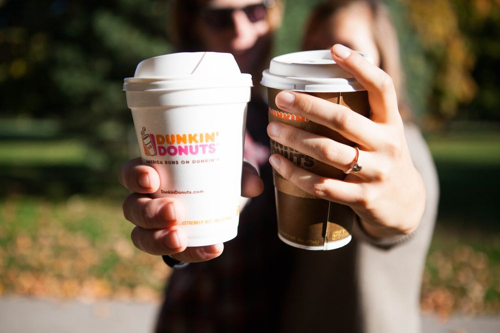 "Dunkin' Donuts' Sweet Valentine Celebration: ""Dunkin' Love"" Photo Contest, iMessage Custom Card Builder and Us The Duo Live Performance"