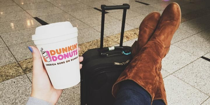 Dunkin' Keeps Fans Running During the Busy Holiday Travel Season at Airports Across the U.S.