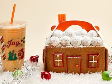 Celebrate National Gingerbread House Day with This DIY MUNCHKINS® Box Gingerbread House