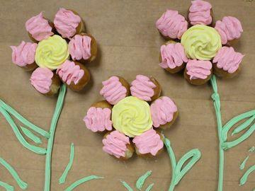 Culinary Corner: Flower Munchkins® Pull Apart Cake