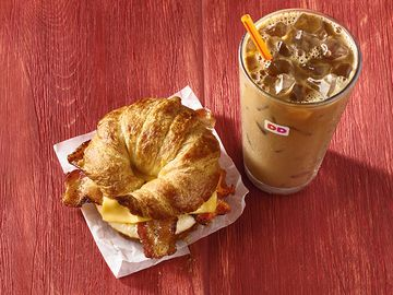 Maple Pecan Iced Coffee and Maple Sugar Bacon Breakfast Sandwich Lifestyle (1)