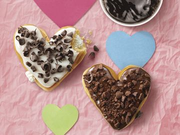 Dunkin' Donuts Shows A Lot of Heart This Valentine's Day