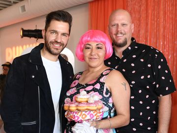 Dunkin' and Andy Grammer Spread Love at Wedding Pop-Up in Vegas