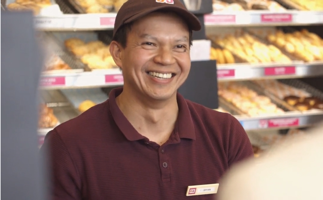 Dunkin' Restaurant Team Member and Guest Share #SomethingGood
