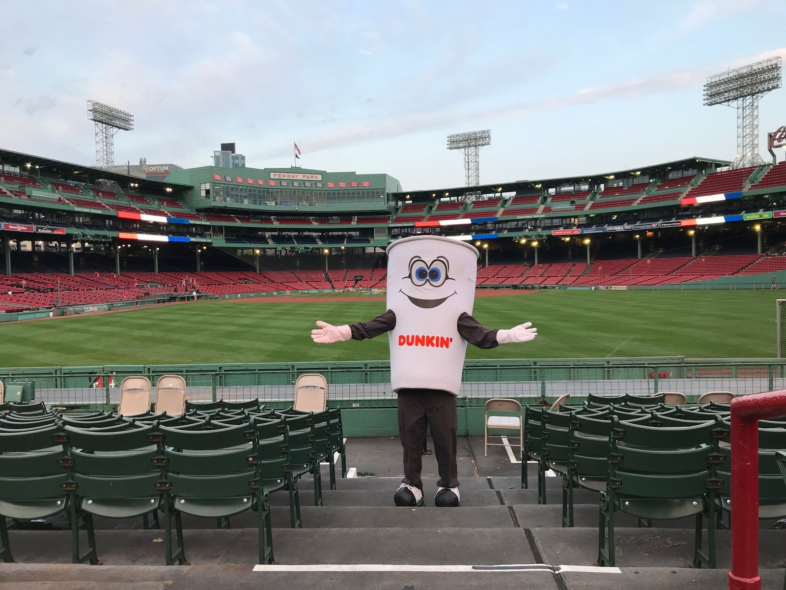 Dunkin' Sponsors the 2019 Run to Home Base