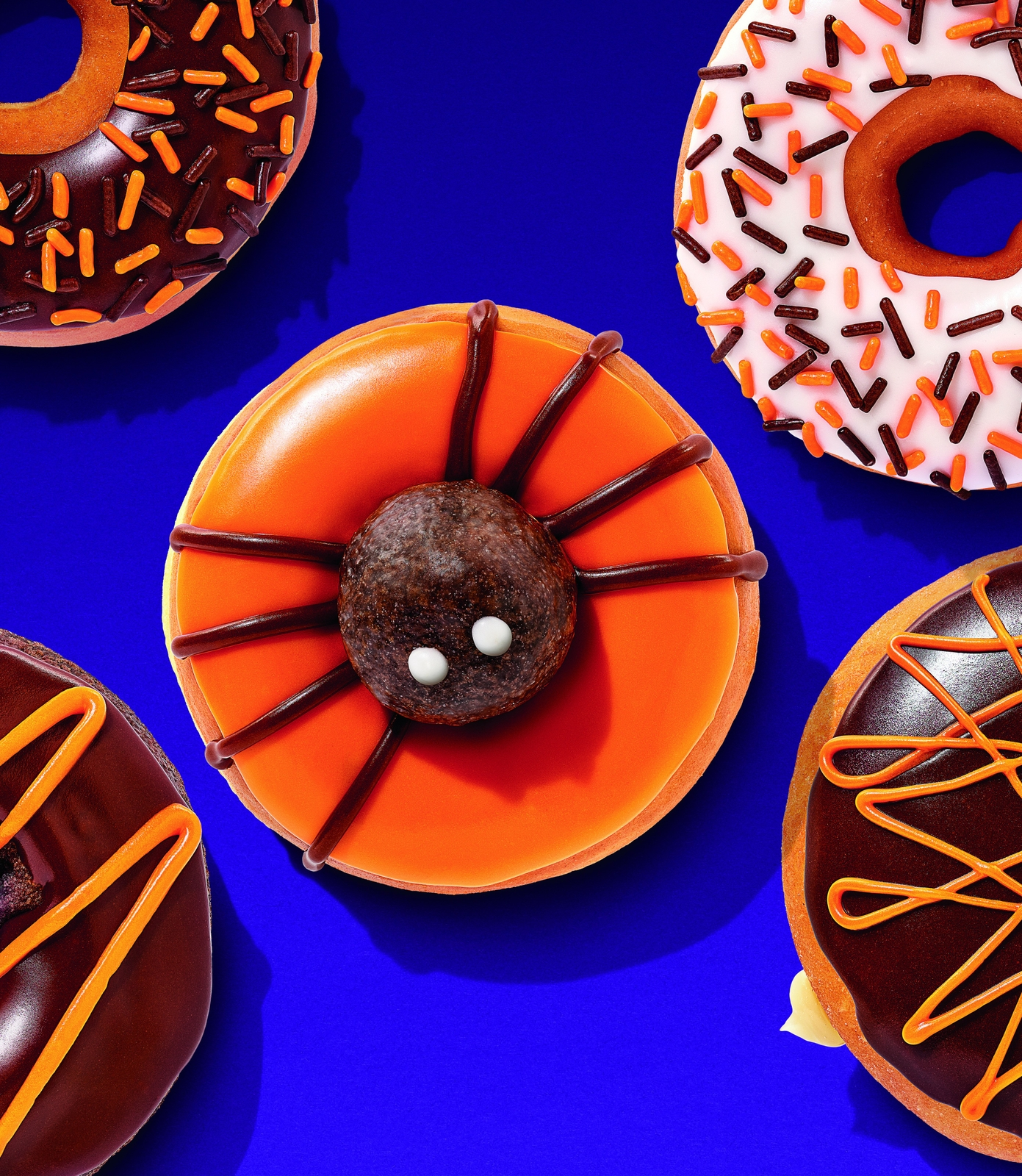Dunkin Donuts Halloween Donuts 2020 How to Celebrate Halloween with Dunkin' | Dunkin'