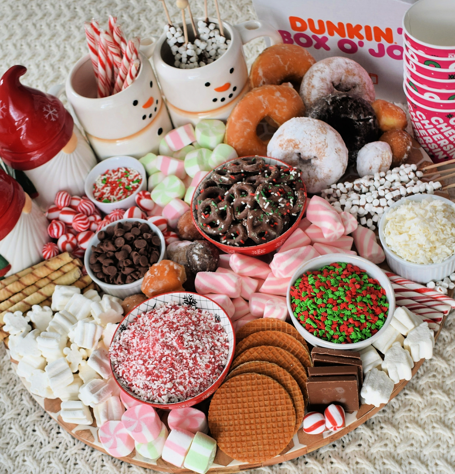 How to Build the Ultimate Dunkin' Hot Chocolate Board