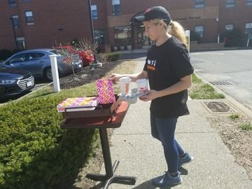 Keeping America Runnin': Massachusetts Franchisees Deliver to Elderly Customers in Need