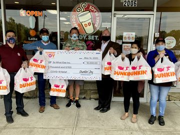 DIY Dunkin' Donut Decorating Kits Bring Joy to Children's Organizations in NJ and Maryland