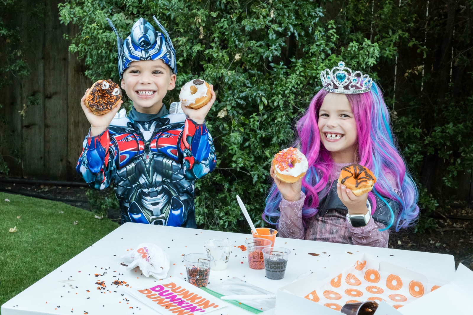 Four Design Ideas for Your Halloween DIY Dunkin' Donut Decorating Kits