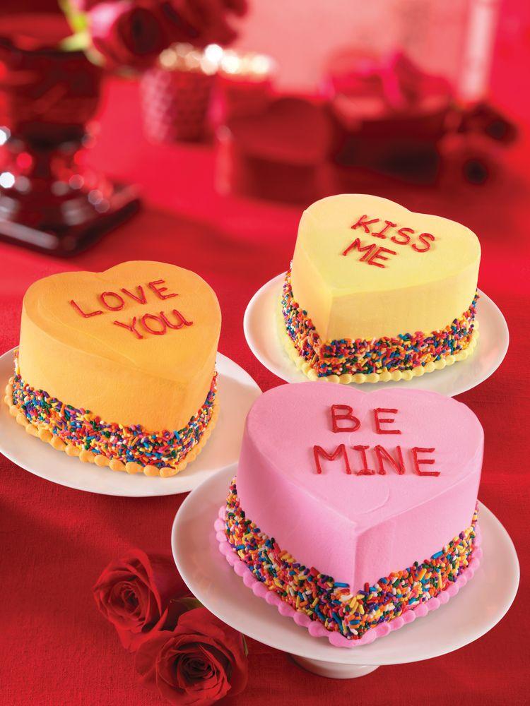 Conversation_Heart_Cakes