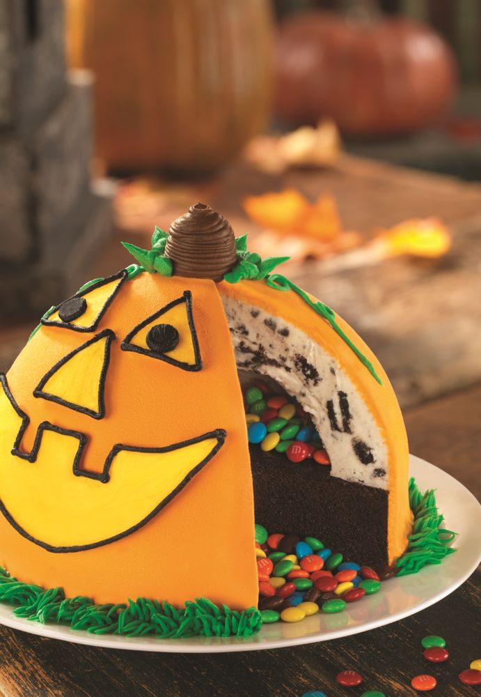 Pinata+Pumpkin+Patch+Cake
