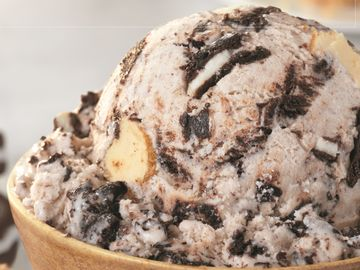 Baskin-Robbins Celebrates the Coolest Food Holidays this August and Introduces New OREO® Cheesecake Flavor of the Month
