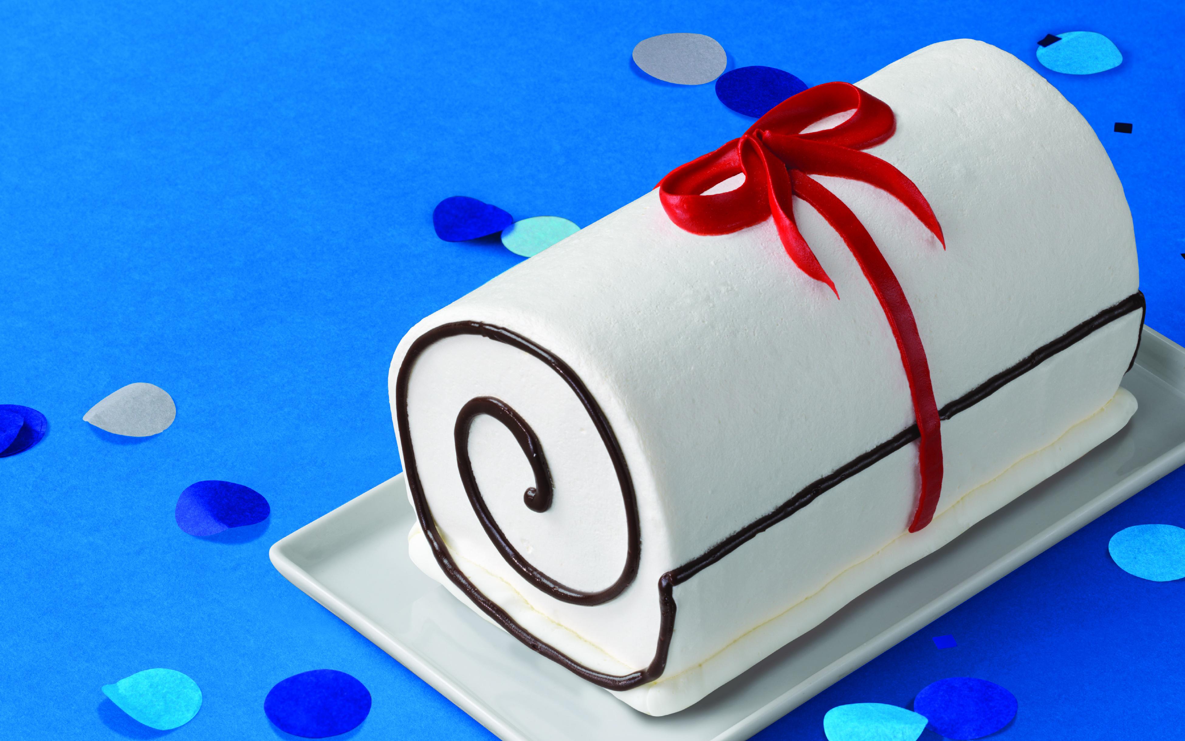 Diploma Roll Cake