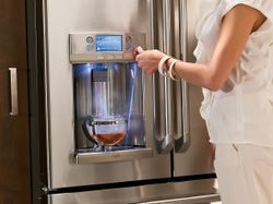 Hot and Cold: Opposites Unite in New GE Café™ Refrigerator