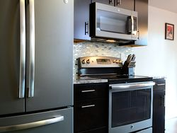 Consumers Go Gray in a Stylish Way…with GE Slate Kitchens