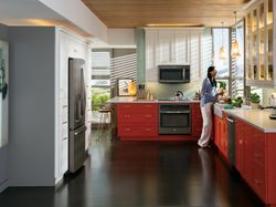 No Matter the Color Scheme, GE's Slate Finish Appliances Blend and Trend