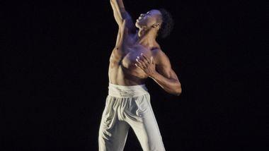 Jeroboam Bozeman in Rennie Harris' Exodus