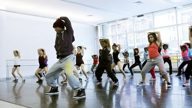 Ailey Extension Instructor Keith Alexander teaching hip-hop. Photo by Ruben Roncallo.