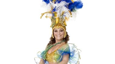 Samba Instructor QUENIA RIBEIRO. Photo by ANTOINE TEMPÉ