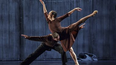 AAADT's Michael Francis McBride and Danica Paulos in Johan Inger's Walking Mad