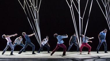 Alvin Ailey American Dance Theater in Gustavo Ramírez Sansano's Victoria